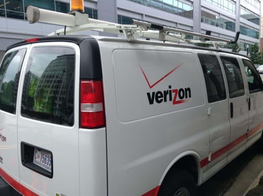 Verizon-van